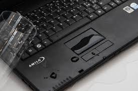 zalany laptop